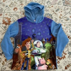 Toy Story  sweater size L